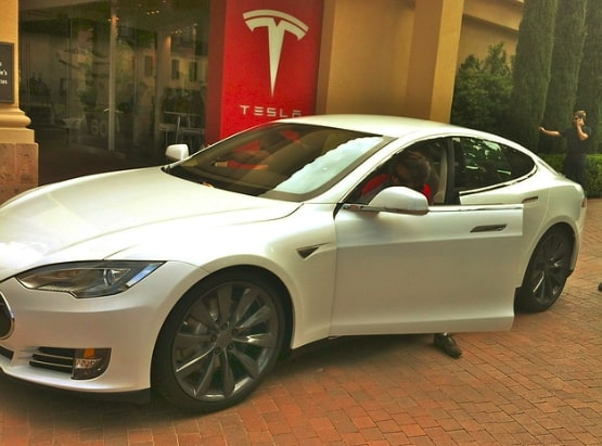 How will welcoming Tesla into the Indian Electric Vehicle Market Impact the Current Situation?